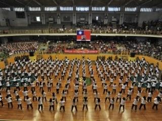 29體育科每年推出新穎的課間操,鍛鍊學生體能