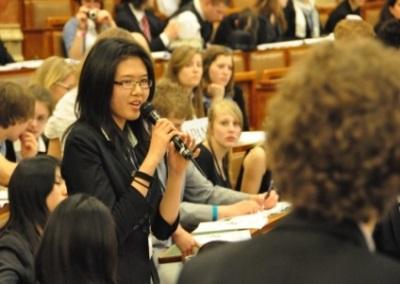 29-參與模擬聯合國活動,討論國際議題