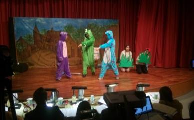 29全校高二學生參與英文話劇活動,強化語言應用