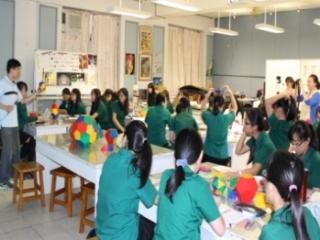 22教師定期公開觀課,提升教學效能與策略交流
